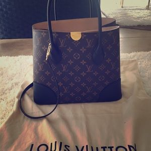 Used only  few times ! Own many Designer handbags